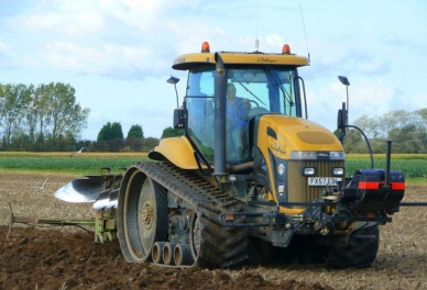 rubber-tracked-tractor